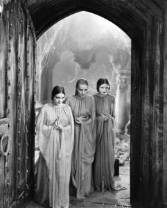 dracula ladies